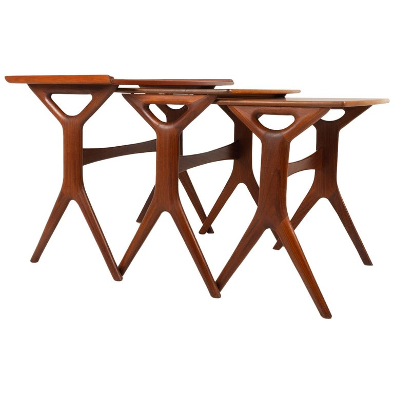 Danish Modern Teak Nesting Tables by Johannes Andersen for CFC, 1960s For Sale