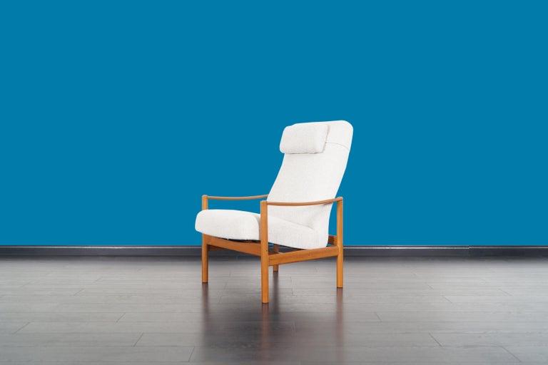 Fabric Danish Modern Teak Reclining Lounge Chair and Ottoman For Sale