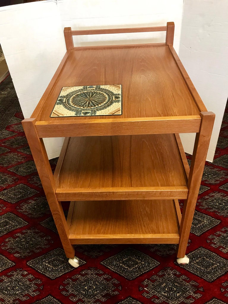 Late 20th Century Danish Modern Teak Rolling Bar Cart Tea Trolley Cart Caddy with Tile Insert Top For Sale
