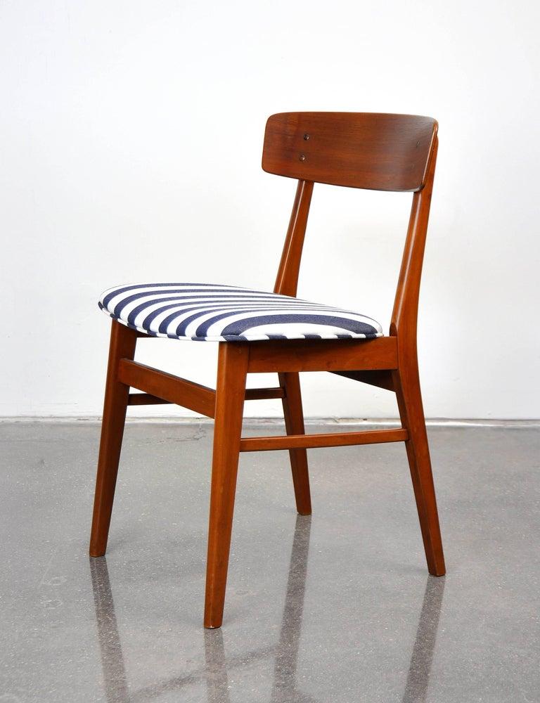 Mid-Century Modern Danish Modern Wegner Style Teak Chair