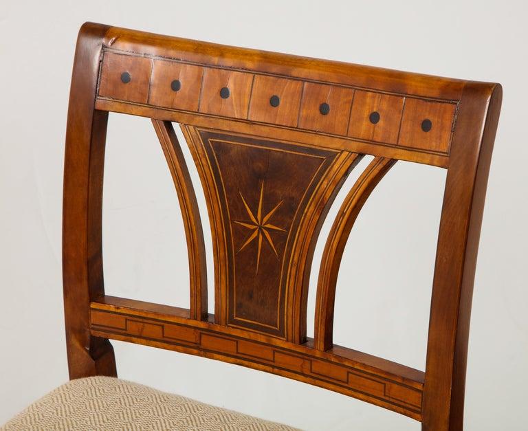 Danish Neoclassical Inlaid Birchwood Window Seat, 19th Century For Sale 4