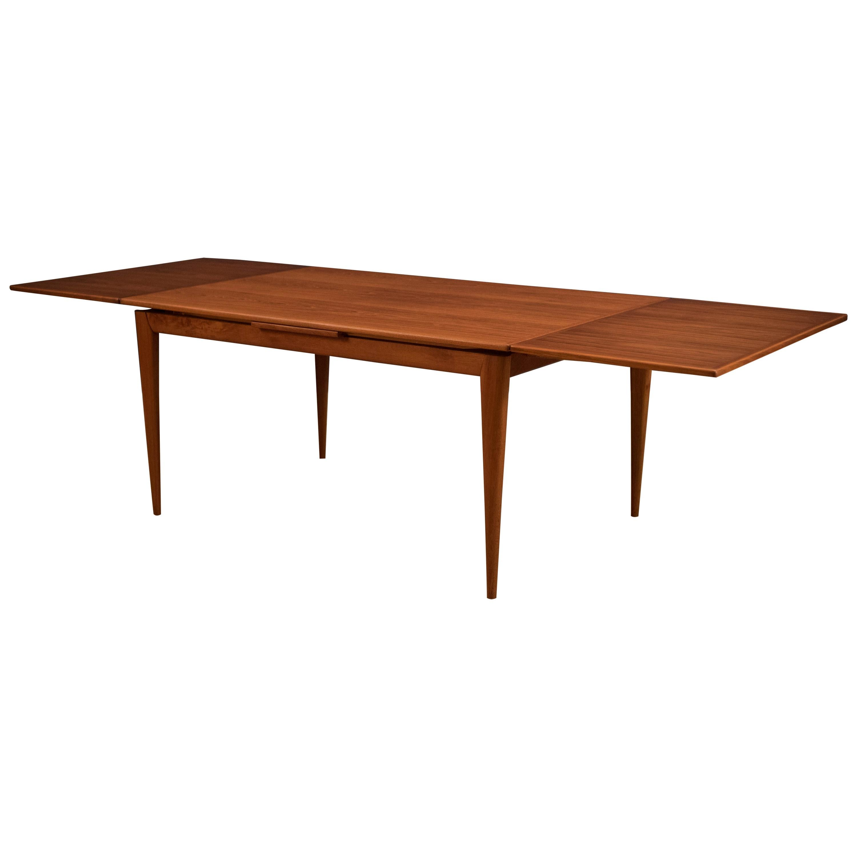 Exceptionnel Danish Niels Otto Moller Teak Dining Table