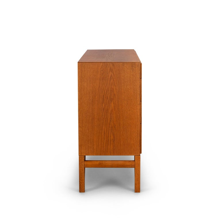 Danish Oak Chest of Drawers No. 234 by Børge Mogensen for FDB Mobler, 1960s In Good Condition For Sale In Teteringen, Noord-Brabant