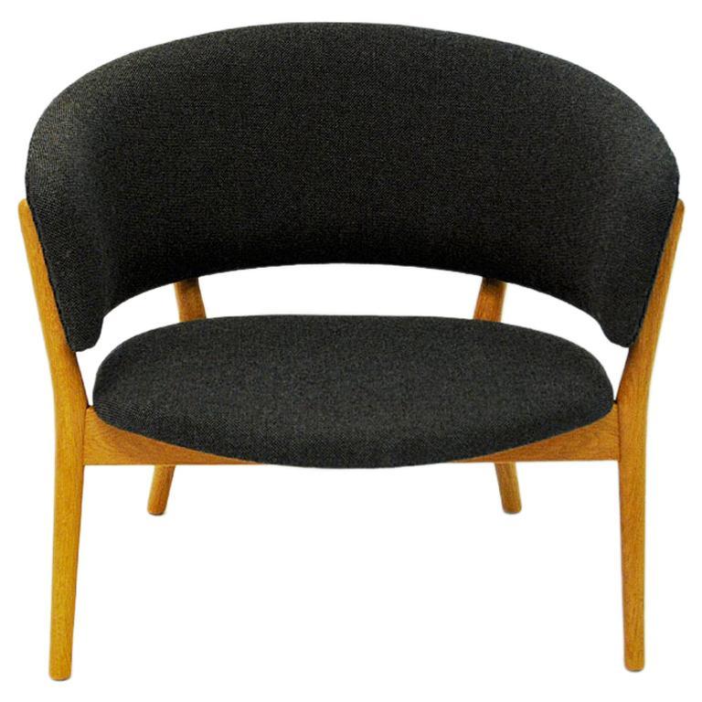 Danish Oak Easy Chair Mod ND83 by Nanna Ditzel, Denmark, 1950's For Sale
