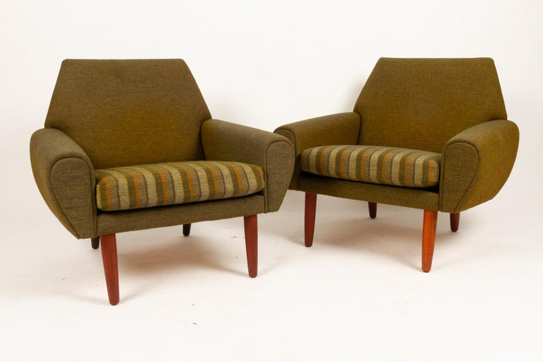 Wool Danish Pair of Lounge Chairs by Kurt Østervig, 1960s For Sale