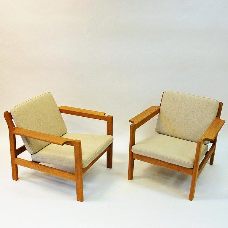 Scandinavian Modern Danish Pair of Teak Armchairs Model 227 by Børge Mogensen, 1960s For Sale