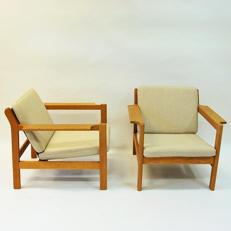 Mid-20th Century Danish Pair of Teak Armchairs Model 227 by Børge Mogensen, 1960s For Sale