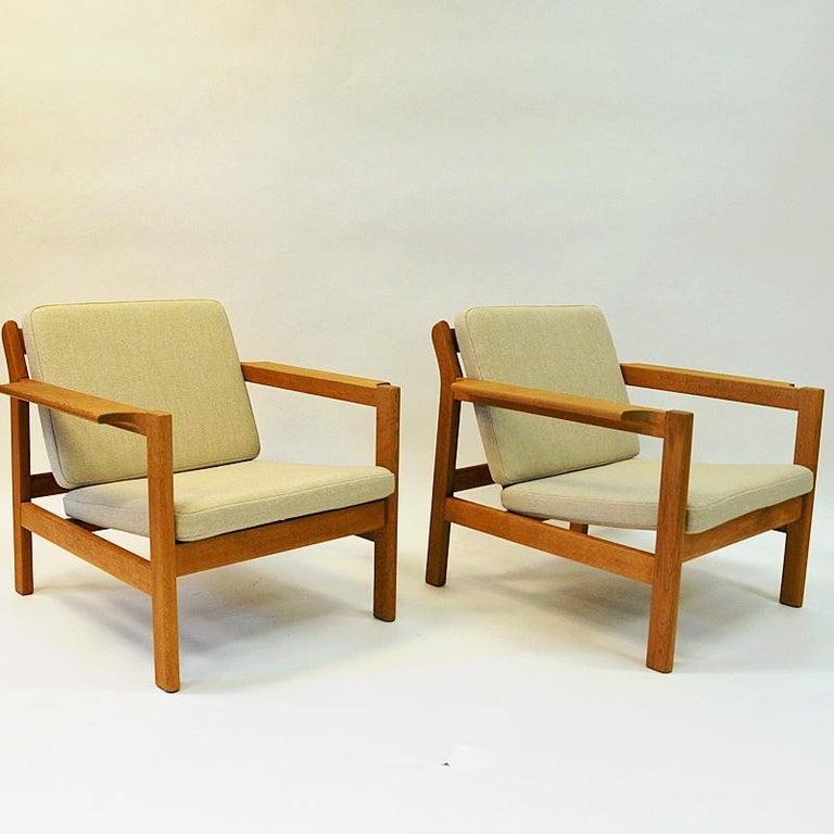 Oak Danish Pair of Teak Armchairs Model 227 by Børge Mogensen, 1960s For Sale