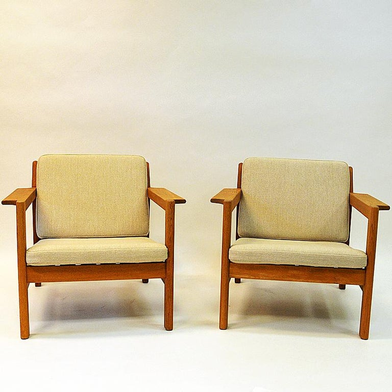 Danish Pair of Teak Armchairs Model 227 by Børge Mogensen, 1960s For Sale 3