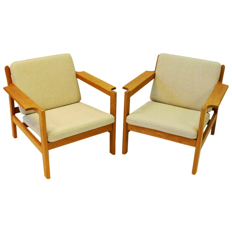 Danish Pair of Teak Armchairs Model 227 by Børge Mogensen, 1960s For Sale