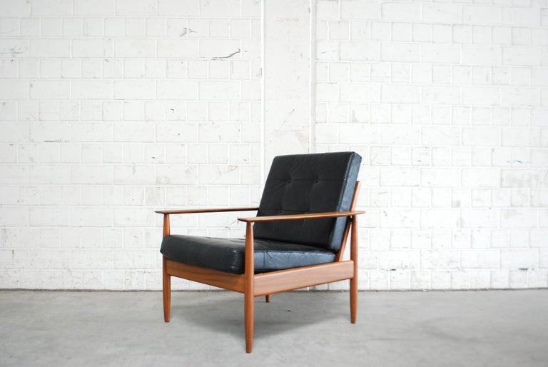 Danish Pair of Teak Leather Armchairs, 1960s For Sale 6