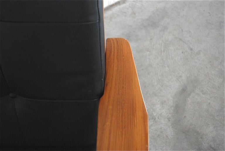 Danish Pair of Teak Leather Armchairs, 1960s For Sale 8