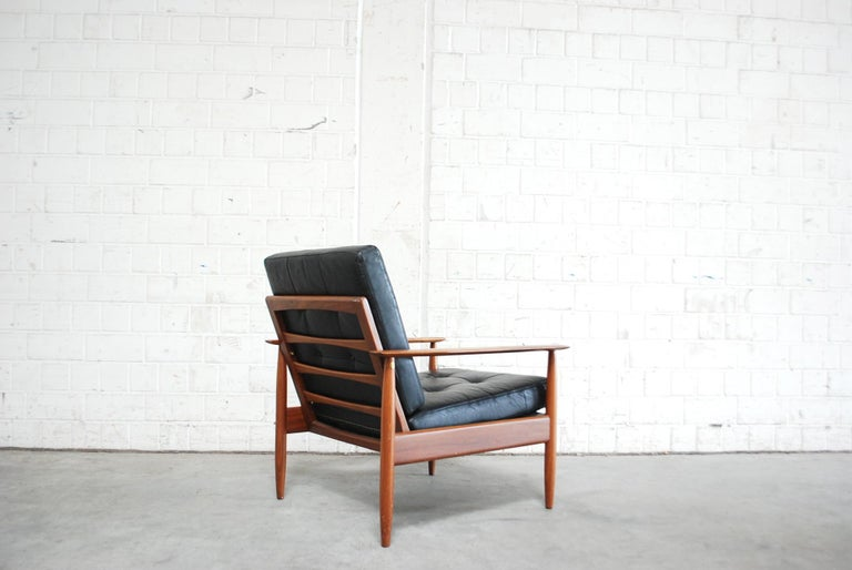 Danish Pair of Teak Leather Armchairs, 1960s For Sale 10