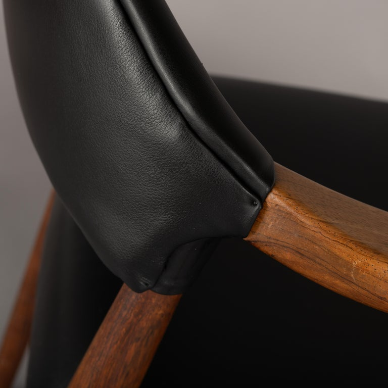 Danish Rosewood and Leather Chairs by Kurt Olsen, Set of Two  In Good Condition For Sale In Teteringen, Noord-Brabant
