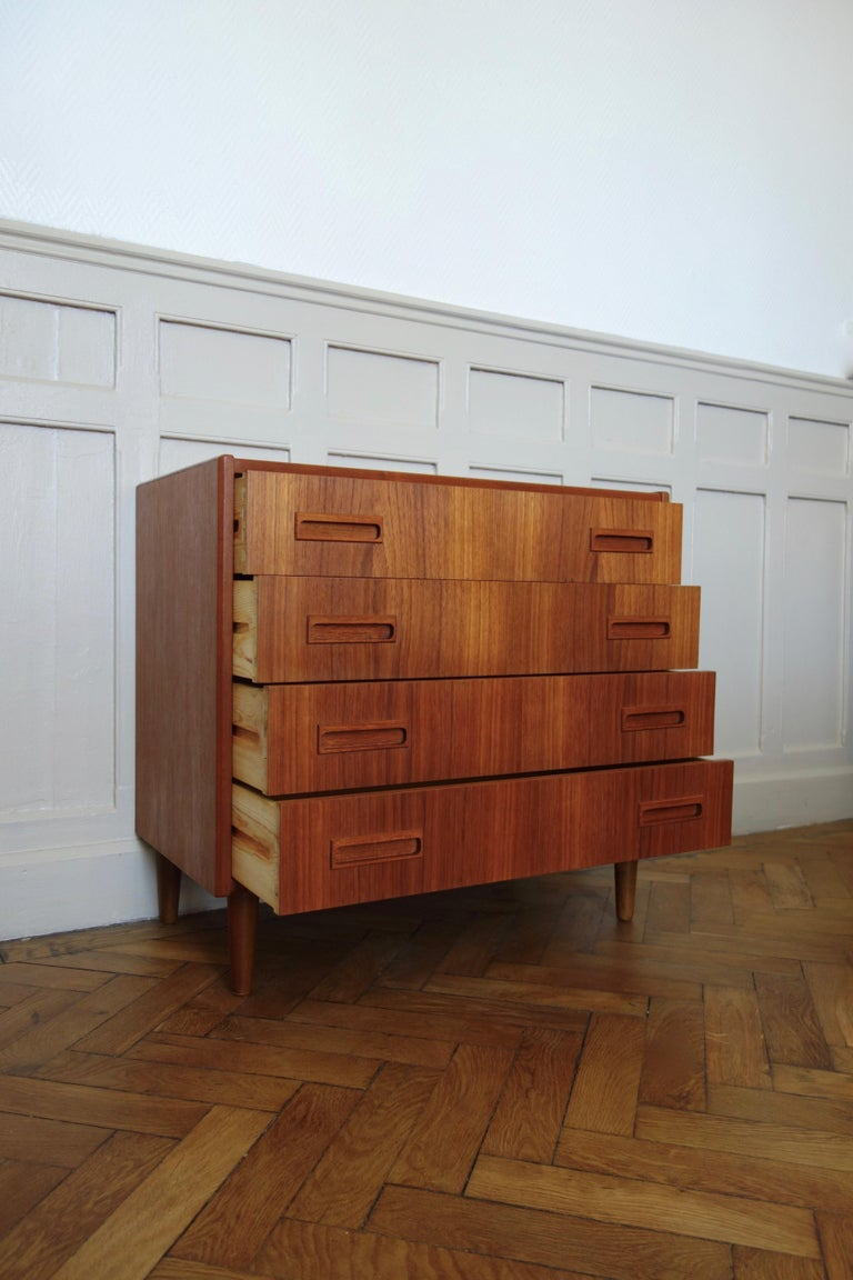 Palisander Danish Rosewood Chest of Drawers by Otto Nielsen, 1960s For Sale