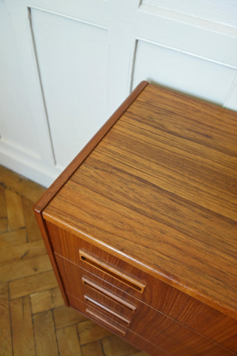 Danish Rosewood Chest of Drawers by Otto Nielsen, 1960s For Sale 2