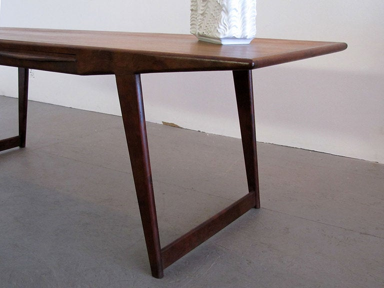Danish Rosewood Coffee Table, 1950 For Sale 2