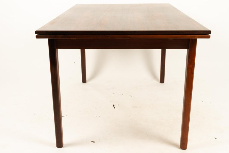 Danish Rosewood Extendable Dining Table, 1960s For Sale 5
