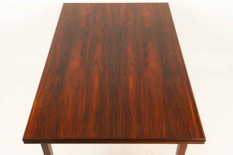 Danish Rosewood Extendable Dining Table, 1960s For Sale 6