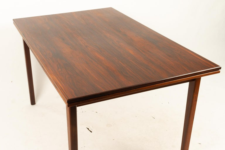Danish Rosewood Extendable Dining Table, 1960s For Sale 7