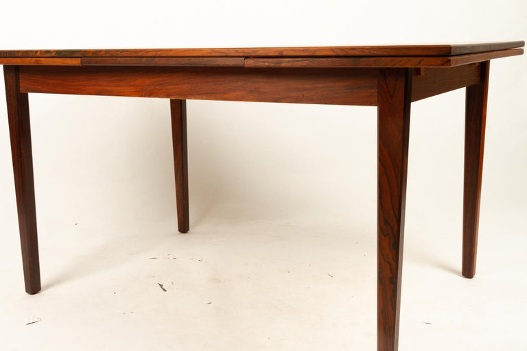 Danish Rosewood Extendable Dining Table, 1960s For Sale 9