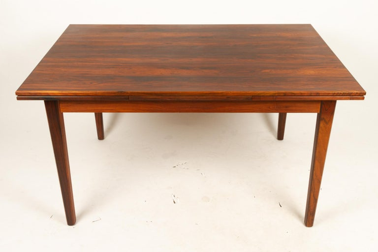 Mid-Century Modern Danish Rosewood Extendable Dining Table, 1960s For Sale