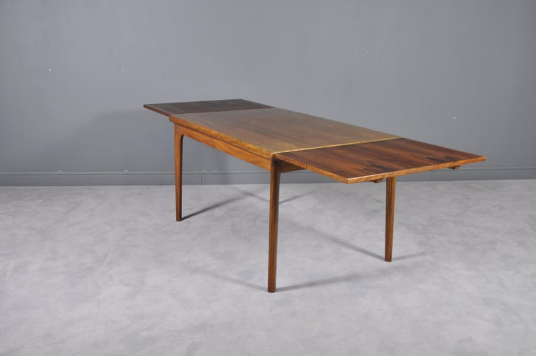Mid-20th Century Danish Rosewood Extendable Dining Table by Henning Kjærnulf for Vejle,1960s For Sale