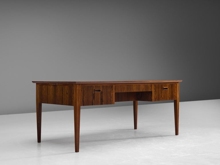 Danish Rosewood Writing Desk with Brass Details In Good Condition For Sale In Waalwijk, NL