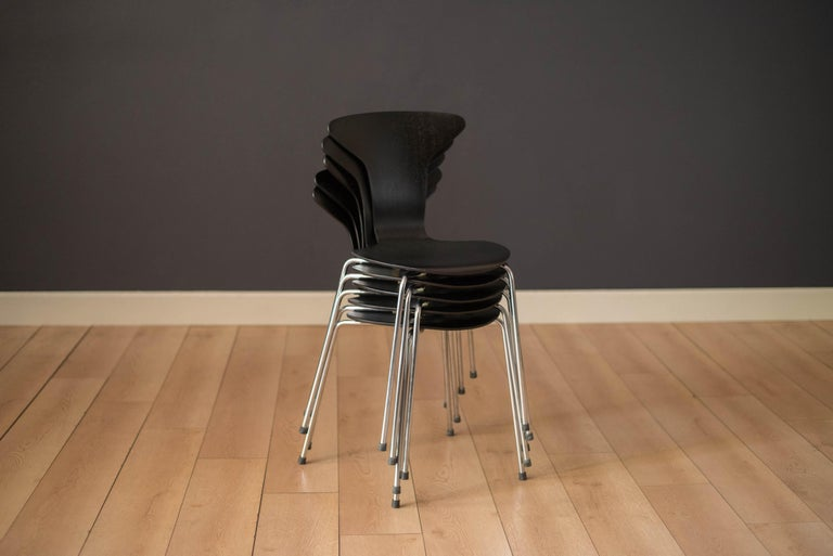 Danish Mosquito Munkegård Dining Chairs by Arne Jacobsen For Sale 4