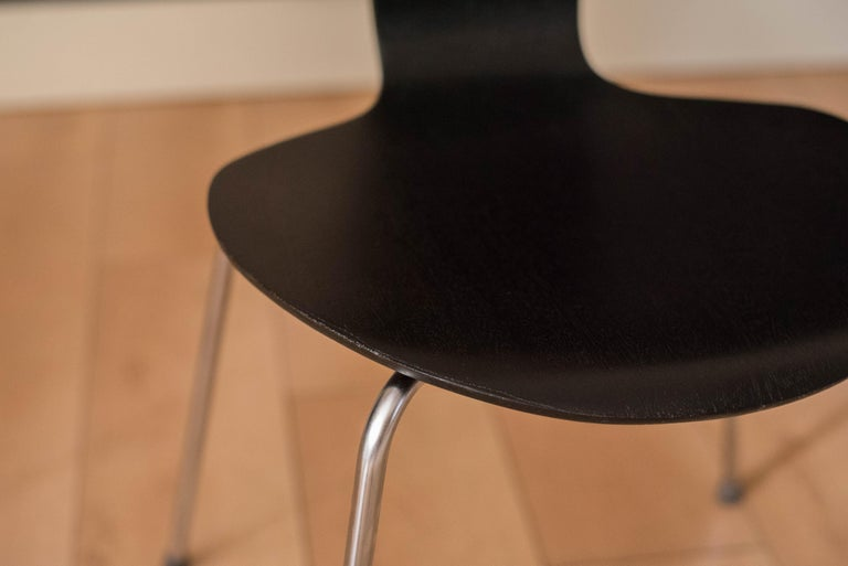 Danish Mosquito Munkegård Dining Chairs by Arne Jacobsen For Sale 11