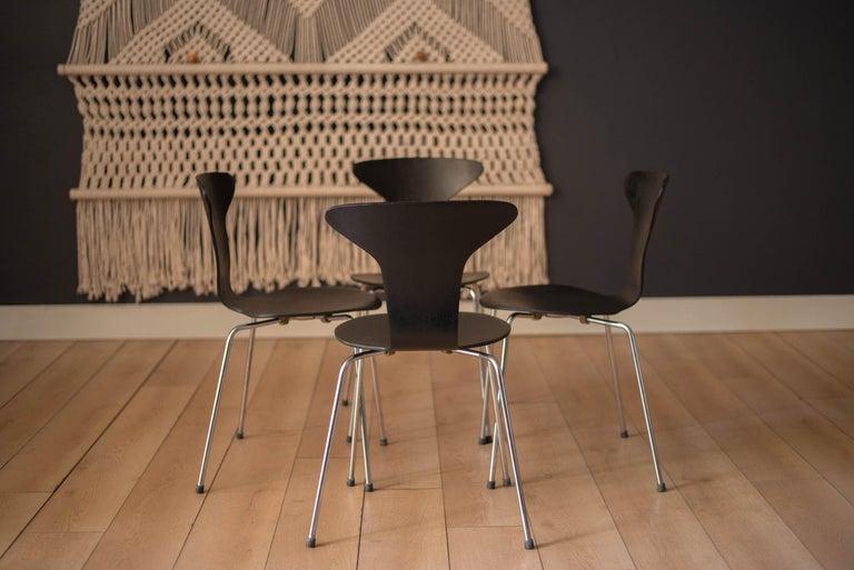 Scandinavian Modern Danish Mosquito Munkegård Dining Chairs by Arne Jacobsen For Sale