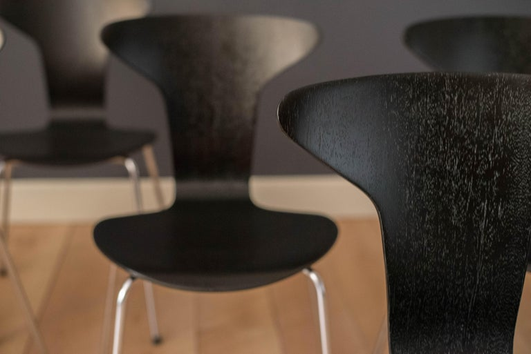 Danish Mosquito Munkegård Dining Chairs by Arne Jacobsen For Sale 2
