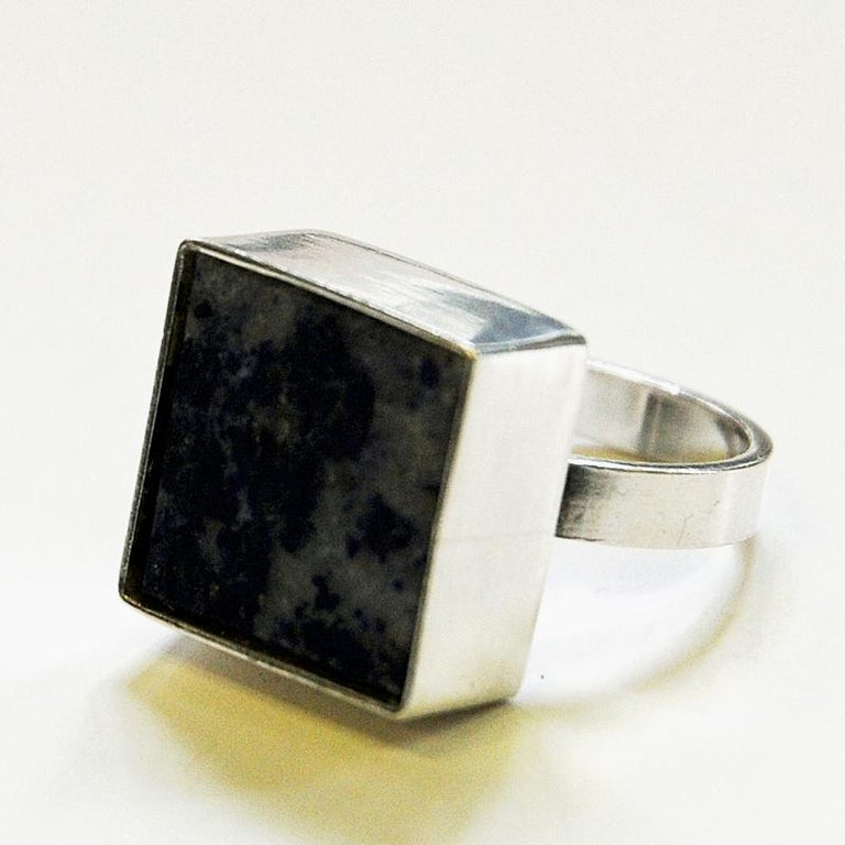 Danish Silverring with Lapis Lazuli Stone by Brdr. Bjerring, 1970s In Good Condition For Sale In Stockholm, SE