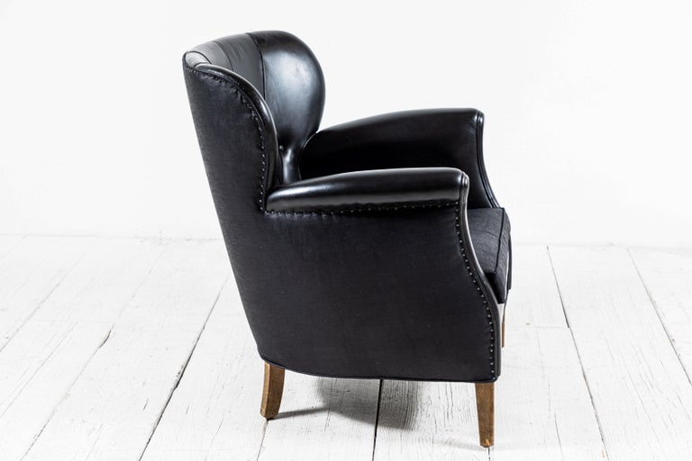Danish Style Black Leather Tufted Pair of Chairs In Good Condition For Sale In Los Angeles, CA