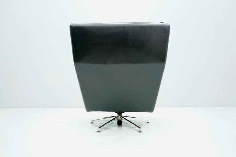 Mid-20th Century Danish Swivel Lounge Chair in Black Leather, 1960s For Sale