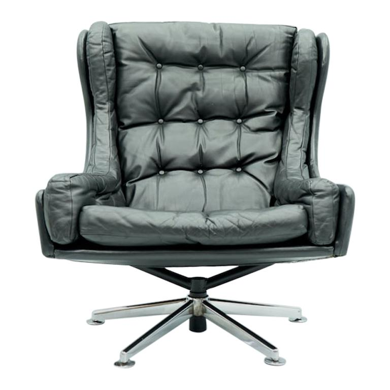 Danish Swivel Lounge Chair in Black Leather, 1960s For Sale