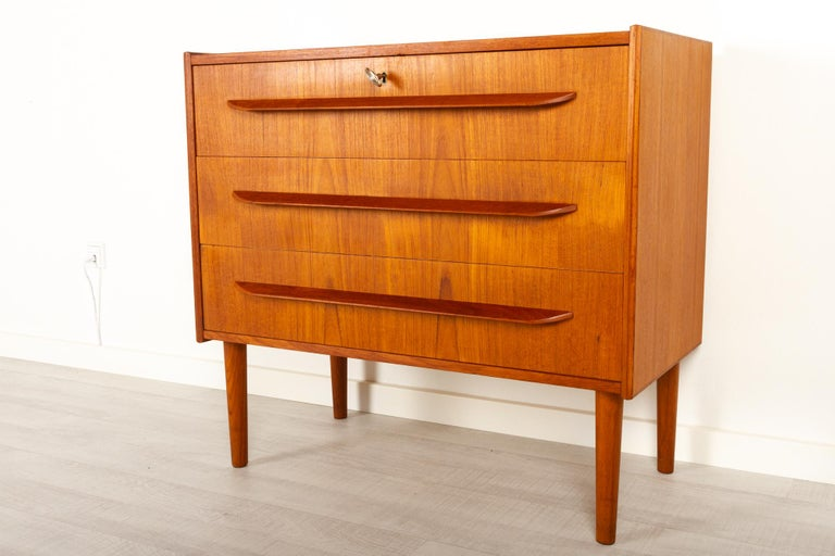 Danish Teak Chest of Drawers, 1960s For Sale 6