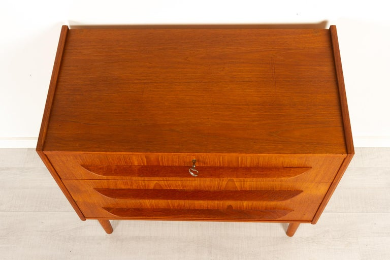 Danish Teak Chest of Drawers, 1960s For Sale 8