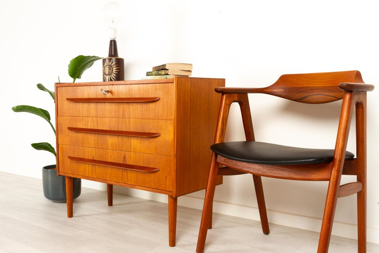 Danish Teak Chest of Drawers, 1960s For Sale 12