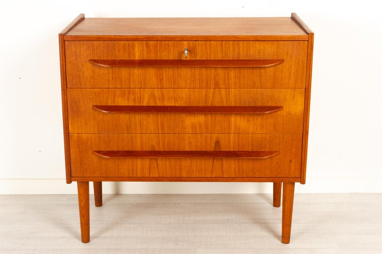Danish teak chest of drawers 1960s