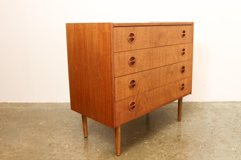 Danish Teak Chest of Drawers, 1960s In Good Condition In Nibe, Nordjylland