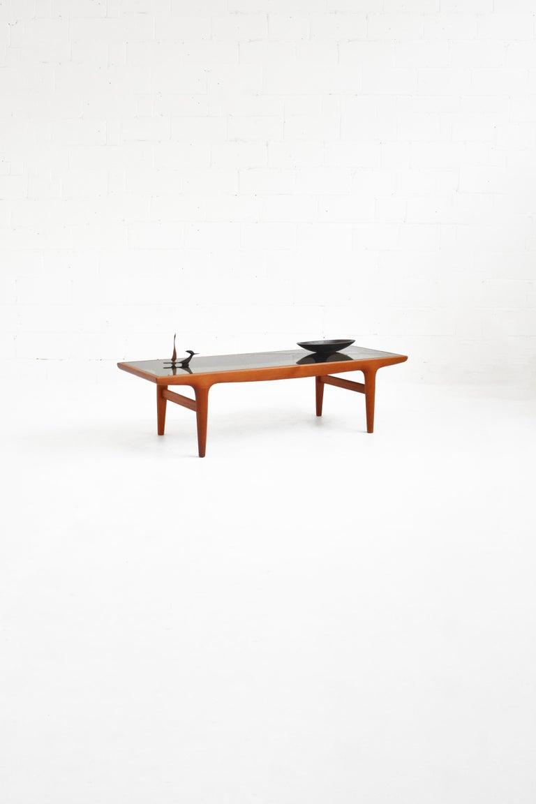 Danish Teak Coffee Table by Johannes Andersen for Uldum Møbelfabrik For Sale 2