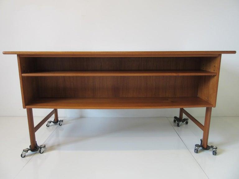 Danish Teak Desk with Bookcase in the Style of Vodder & Kai Kristiansen For Sale 8