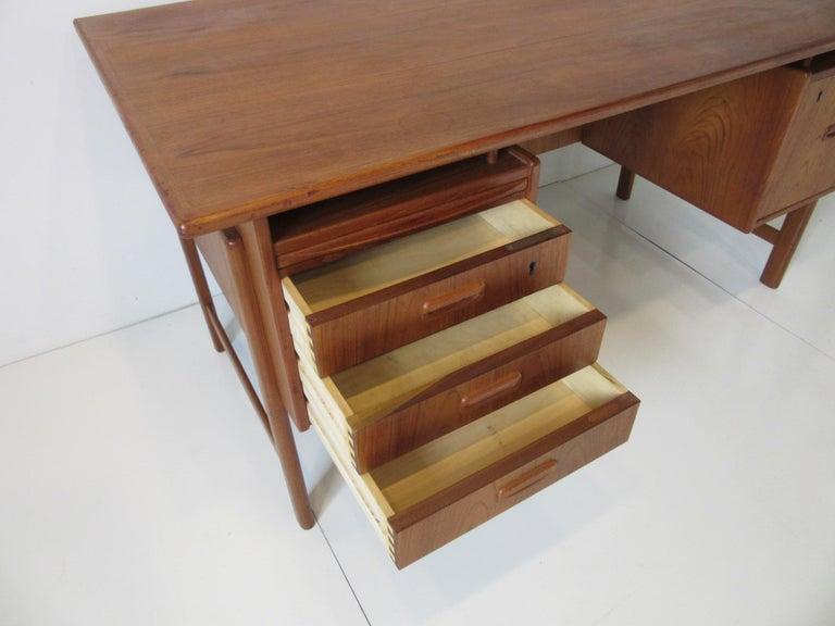 Danish Teak Desk with Bookcase in the Style of Vodder & Kai Kristiansen For Sale 2