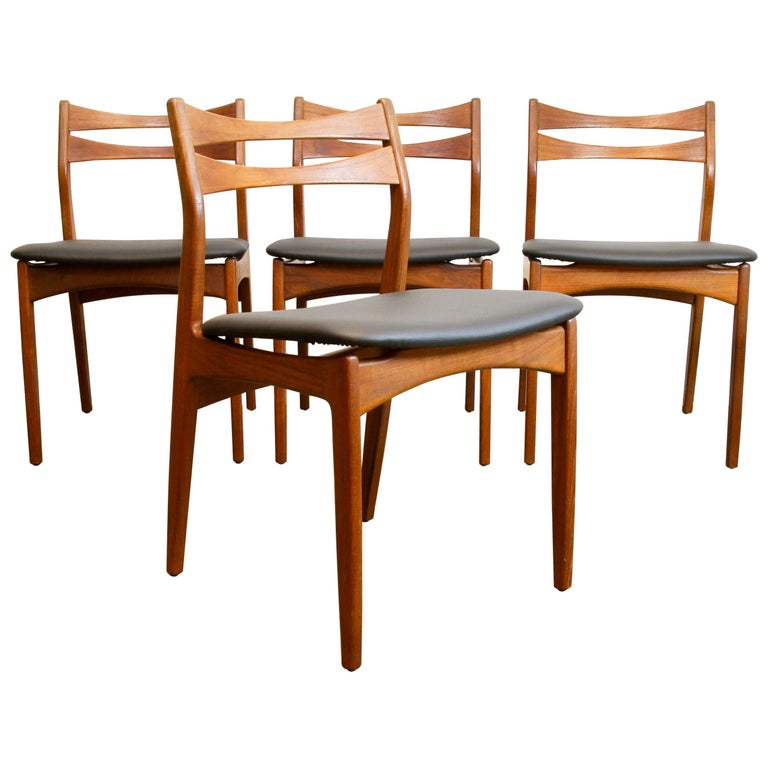 Danish Teak Dining Chairs 1960s Set of 4 For Sale