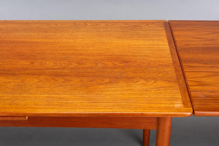 Danish Teak Extendable Dining Table, 1960s For Sale 6
