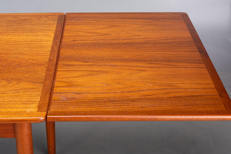 Danish Teak Extendable Dining Table, 1960s For Sale 7