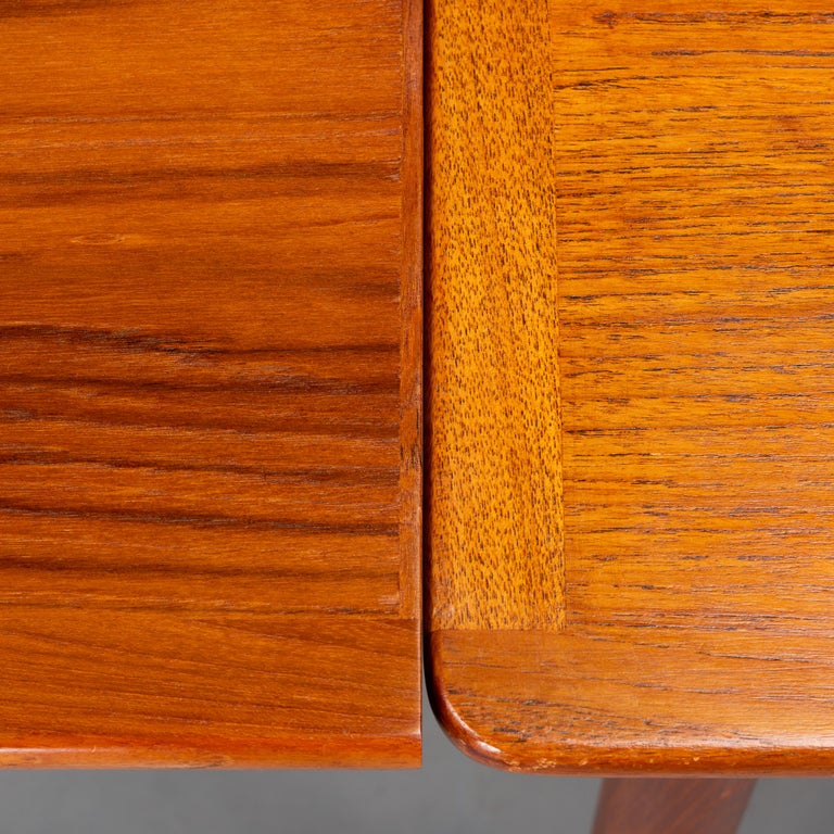 Danish Teak Extendable Dining Table, 1960s For Sale 2