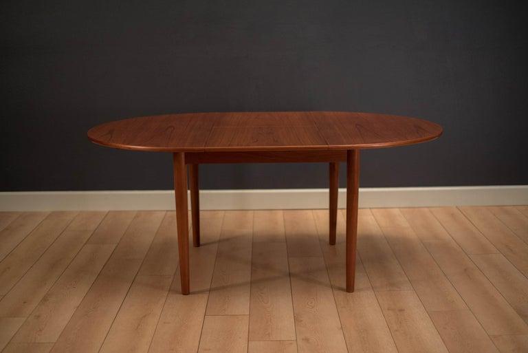 Danish Teak Extendable Round Dining Table At 1stdibs