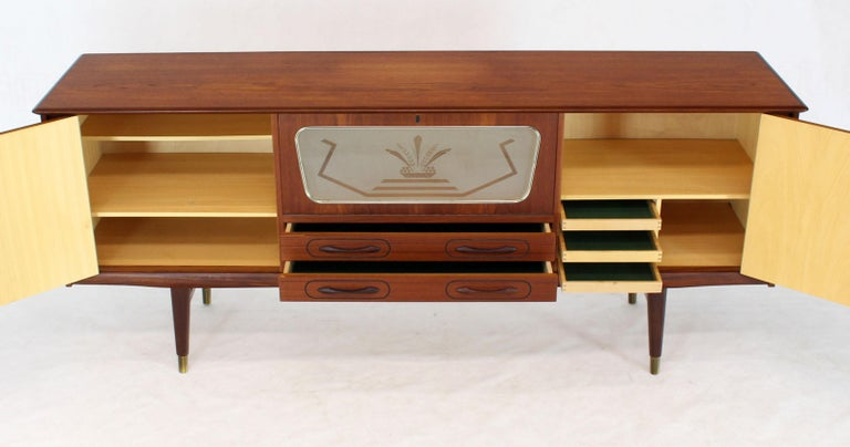 Danish Teak Long Sideboard Credenza with Art Deco Style Etched Glass Insert For Sale 4